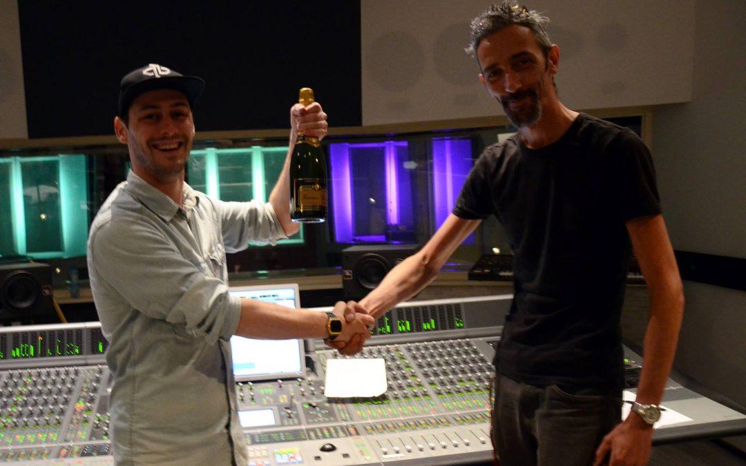 Producer/DJ Peter Bird tekent bij LEF Studios
